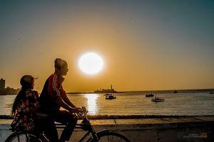 Romance on cycle