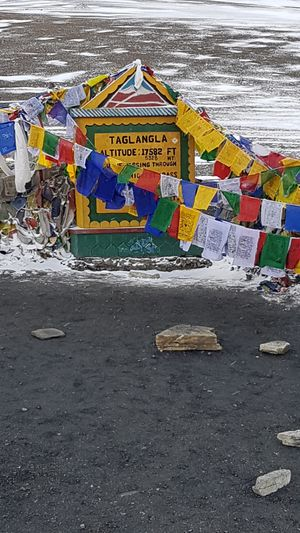 Ladakh Road Trip - Be Mentally Prepared and Drive Safe
