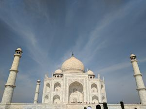 A wonder on the banks of Yamuna - Taj Mahal