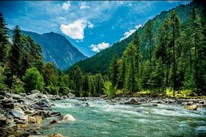 Why Kasol should be visited for it's beauty not for rave parties
