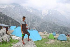 Best Mountain Trip from Delhi to Triund Trek in Rs. 2400
