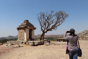 Budget traveling at Hampi