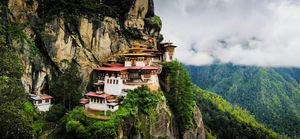 How to Reach Bhutan - The Kingdom of Dragons