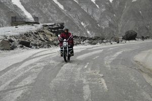 Kashmir to kanyakumari in 8 days on motorcycle