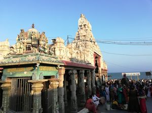 Tiruchendur Murugan beach temple