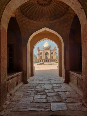 An afternoon at Safdarjung Tomb