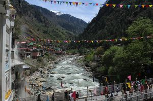 Manikaran - The Town of Hot Water Springs and Utmost Faith