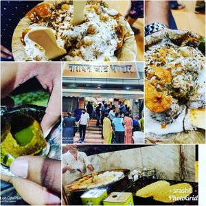 Visiting the city of brave Rani Laxmi Bai..must visit places