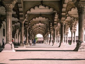 ONE DAY TRIP TO THE CITY OF MONUMENTS OF AGRA