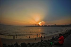 Marine Drive, A Mumbaikar loves nothing more than this, the calm view, beautiful sunsets...