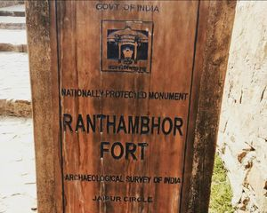 One day trip of Ranthambhor Fort