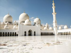 The Grandeur of Sheikh Zayed Grand Mosque, Abu Dhabi