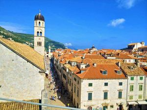 Walking The City Walls of Dubrovnik's Old Town