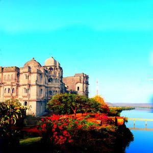 My unadventurous tale of beautiful bhainsrorgadh fort. Don't miss it. #offbeatgetaway