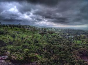Bhandardara In Monsoon