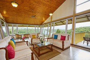 This Glass Villa in Nashik Can Be Your Bachelor Party Spot!