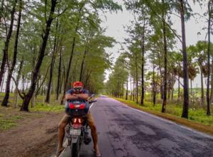105 दिन, 29 राज्य, 1 बाइक: एक जुनूनी मुसाफिर की अनोखी रोड ट्रिप