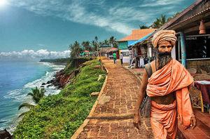 गोवा छोड़ो, वर्कला के साफ और शांत समुद्र तट पर लो बीच हॉलिडे का मज़ा