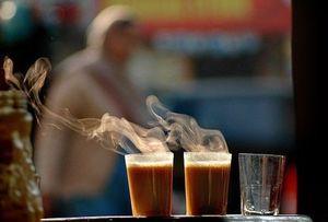 दिल्ली की बारिश में चाय-पकौड़े का मज़ा लेने के लिए बेस्ट हैं ये जगहें!
