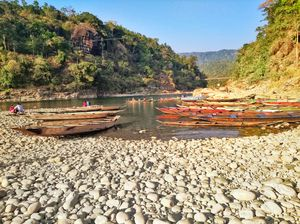 Hidden beauty of Northeast ' Dawki, Meghalaya'. One of the most crystal clear river 'Wah Umngot'
