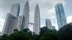 World's Tallest Twin Towers: PETRONAS Twin Towers, KL