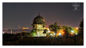 Maharaja Bharat Shah Chhatri Chanderi, Madhya Pradesh.