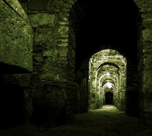 Top 4 Haunted Places In Delhi You Must Not Visit Alone !