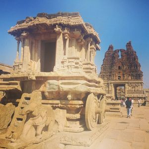 Hampi: Build so beautifully that even the ruins are an attraction.