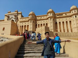 "The amazing ""Amer Fort"" in Jaipur , is a must visit place in India ."