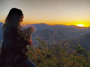 The Girl Who Left Corporate Delhi Life And Moved to The Hills: Meet Nitya!