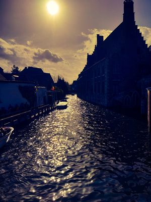 Brugge : City of canals, chocolates and beer.