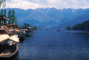 Anchar Lake 1/1 by Tripoto