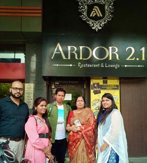 Food destination Delhi -  Ardo 2.1 - India's Largest Thali - The Bahubali & Pandeyspaan