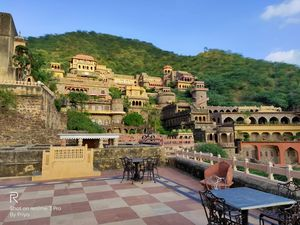 Weekend spot Delhi - Neemrana fort Palace - Best Heritage Hotel to stay near NCR