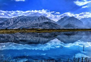 Oh! this mesmerising view at Pangong Tso lake in lehladakh!