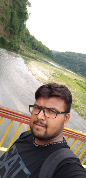 Beautiful place to visit... Mountain river flowing by the valley adds more beauty to the place