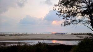 Mandrem Beach,Goa