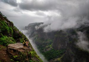 VALLEY FULL OF CLOUDS.....