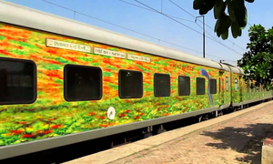 10 Reasons Why the Indian Railways is Awesome!