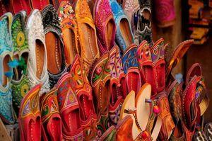 Mojari Footware 1/1 by Tripoto