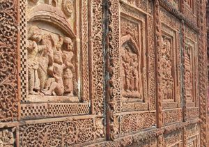 A day's trip to Bishnupur's terracotta temples and Baluchari sarees