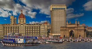 What facts about Mumbai would people not believe unless they come to Mumbai?
