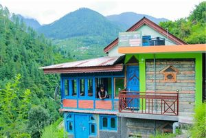 Tirthan Riverview Homestay offers Fishing, Trekking & Food in just 1500 bucks