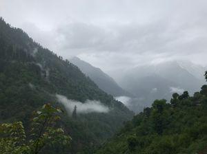 One of the hidden gems of Himachal Pradesh, Tosh Valley!