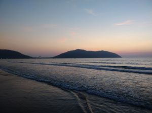 Beach& sunset ,the better love story