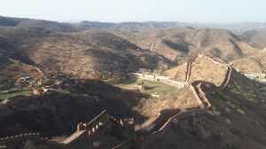 Jaigarh Fort | The city is being guardeded Sagar lake(left) & City(Right)  Aravali range backdrop.