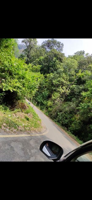 This beautiful road took us to rani khet a small beautiful town in Uttrakhand