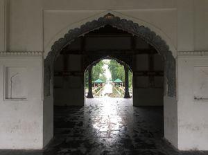 Shalimar Bagh Mughal Garden Srinagar