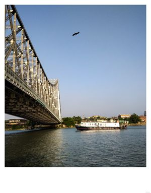 a day towards Rabindra bridge...one and only cantilever bridge in India