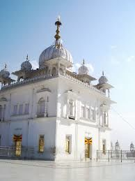 Here's Why You Should Head to Anandpur Sahib This Holla Mohalla!!